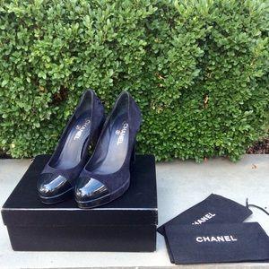 Chanel 'Ledge' Cap Toe Heels!